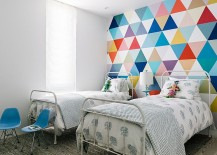 Fabulous-wallpaper-adds-color-and-pattern-to-the-cool-kids-bedroom-217x155