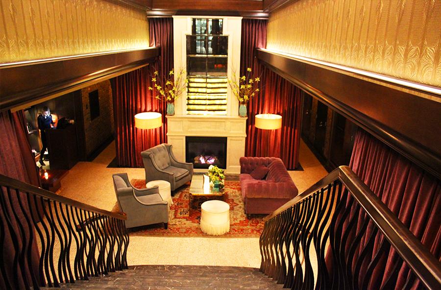 Jade Hotel Lobby