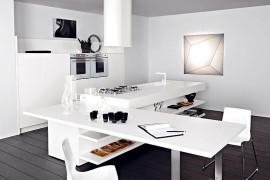Lucrezia: Versatile Contemporary Kitchen Brings Home Endless Possibilities