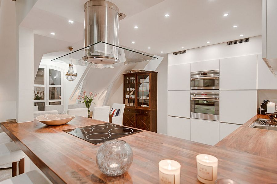 Kitchen worktop that also serves as a cool breakfast zone