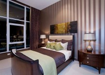 Let-the-accent-wall-add-to-the-color-scheme-of-the-room-217x155