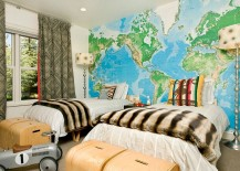 Map accent wall in the kids' bedroom is a popular choice