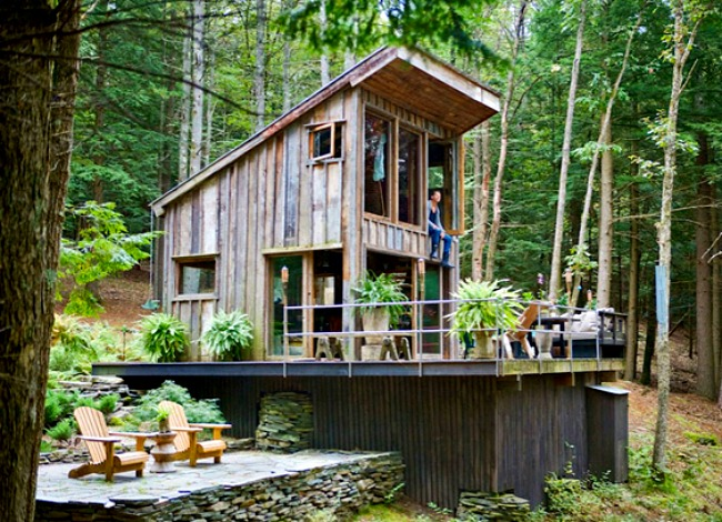Scott Newkirk's weekend cabin embraces the great outdoors