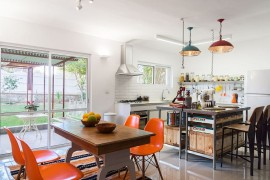 Cheerful Modern Renovation Transforms 50's Israeli Residence