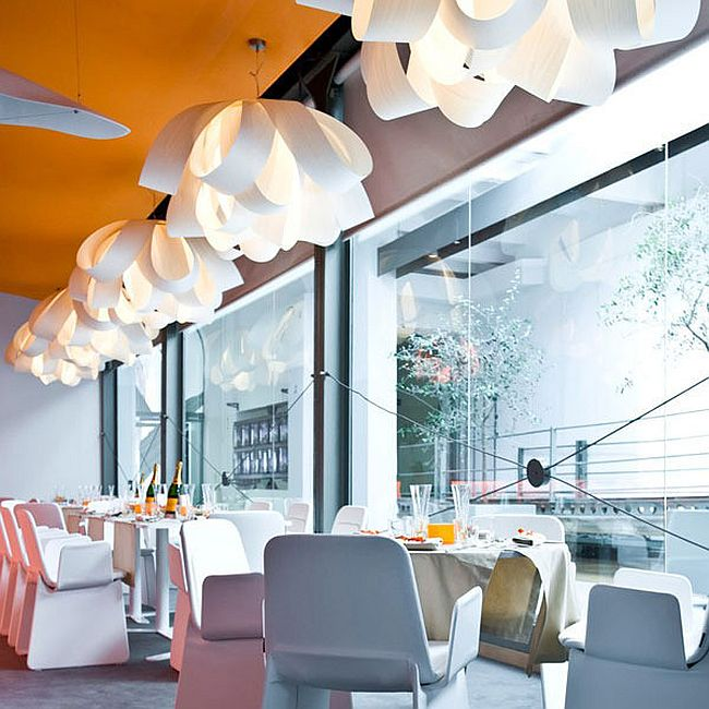 Smart Agatha pendants helps shape a dreamy setting [Design: Luis Eslava Studio / Vertigo Home]