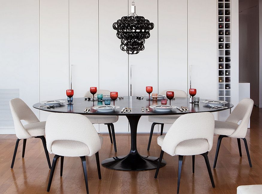 Smart way of bringing black and white together [Design: Axis Mundi]