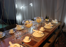 Table-with-Large-Glass-Vases-217x155