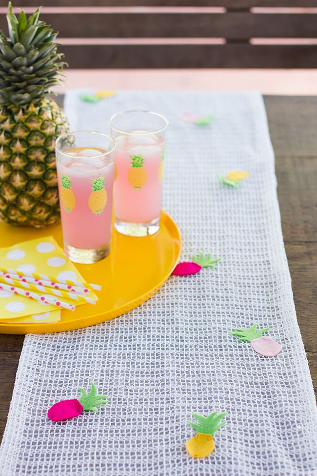 Tropical table runner from Studio DIY