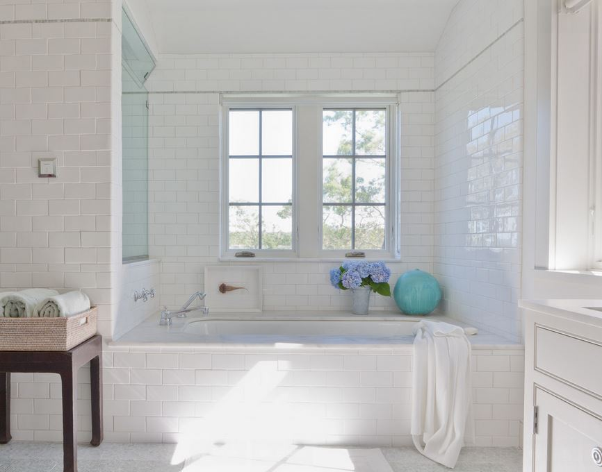 White tub in a serene bathroom