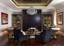 Black and gold coupled with beige in the living room