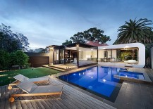 Contemporary-addition-in-the-rear-of-the-heritage-Melbourne-Residence-217x155