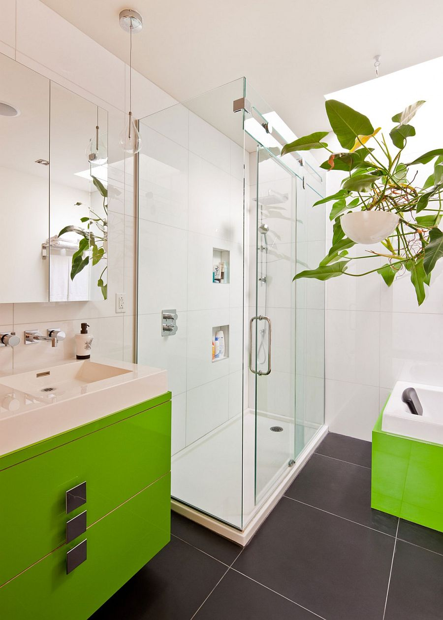 Chic montreal home with pops of color and textural beauty for Bathroom decor lime green