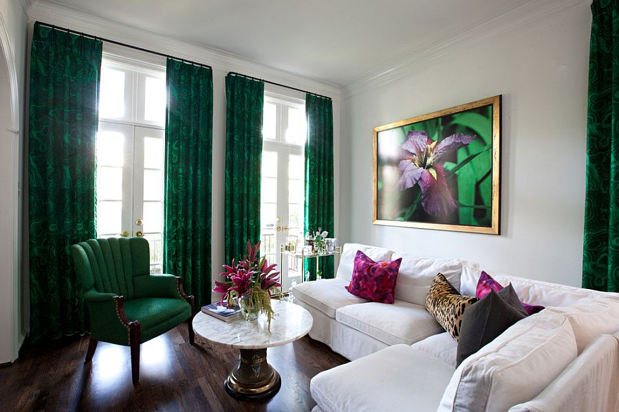 Contemporary living room with drapes in Malachite printed fabric [Design: Sally Wheat Interiors]