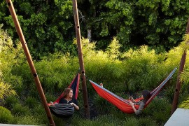 Contemporary take on the classic hammock  Summer Spirit: 25 Cool Outdoor Hangouts with a Hammock! Contemporary take on the classic hammock 270x180