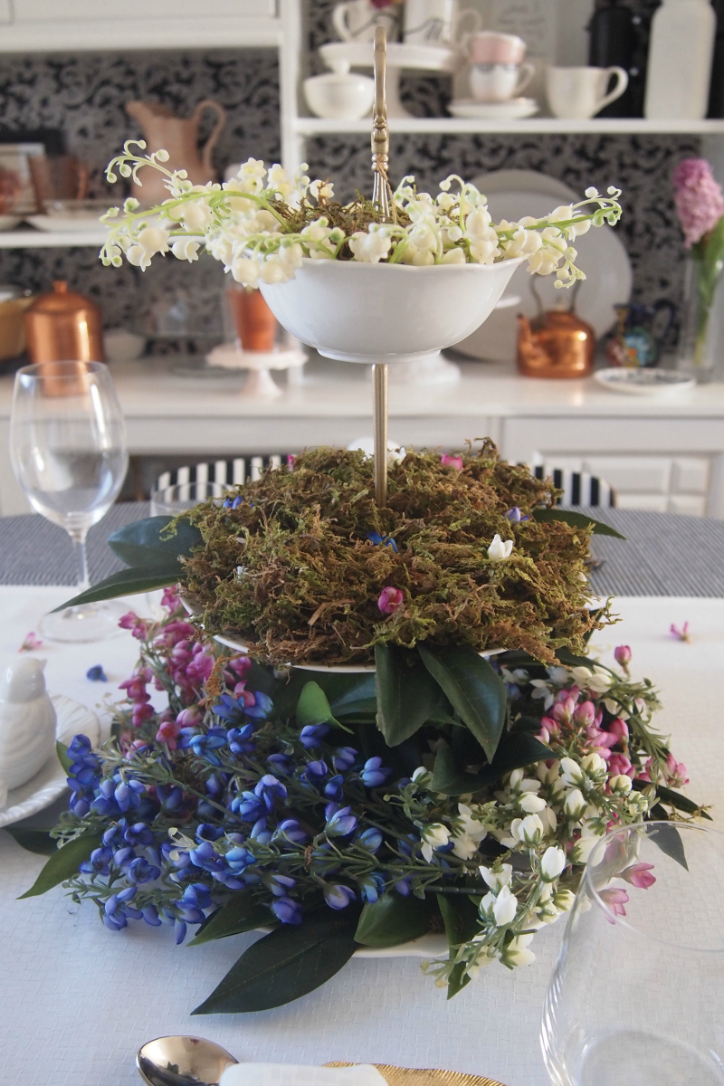 DIY Spring centerpiece tabletop