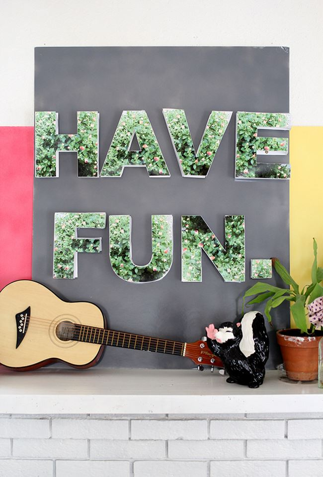 DIY floral sign from Skunkboy  The Best DIY Projects for Spring DIY floral sign from Skunkboy
