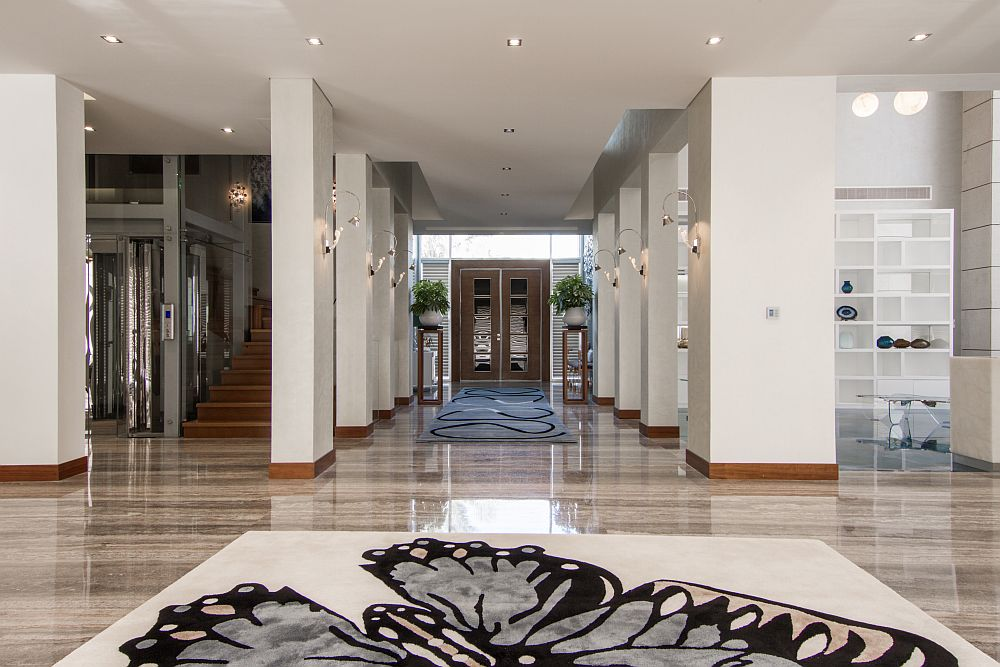 Double heighted grand entrance foyer of the villa