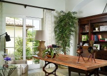 Elegant and relaxed tropical home office