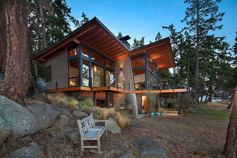 Elevated dsign of the Saturna Island Retreat offers wonderful views