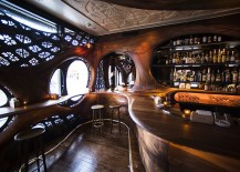 Flowing curves and interesting motifs shape the interior of the bar