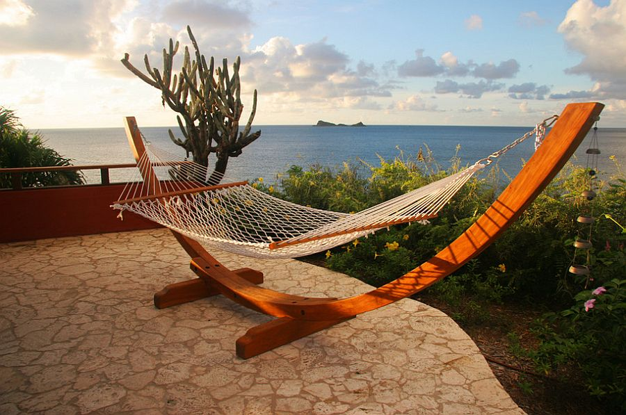 Freestanding hammock can be set up pretty much anywhere