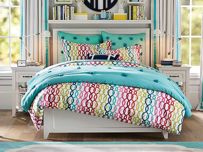 Girls' bedroom from PBTeen
