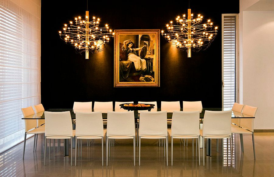 15 refined decorating ideas in glittering black and gold - Black walls in dining room ...