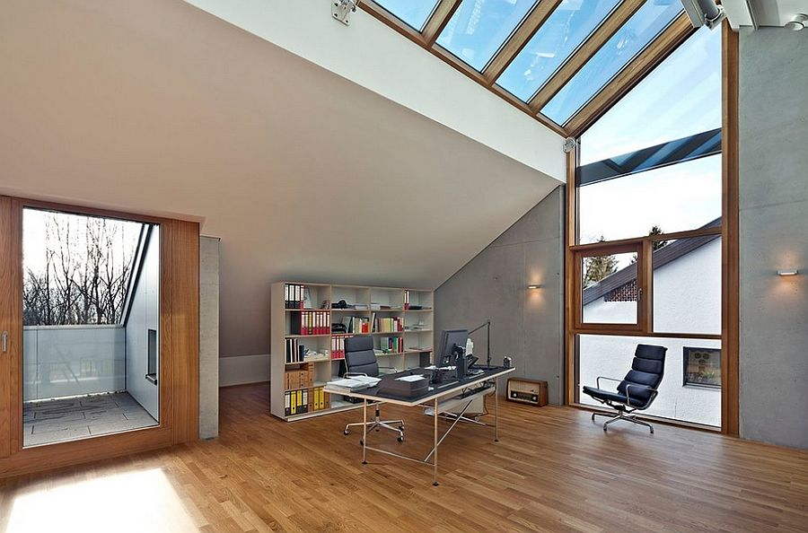 Large skylights steal the show in this home office [Design: HOLZ+FORM Schreinerei GmbH]
