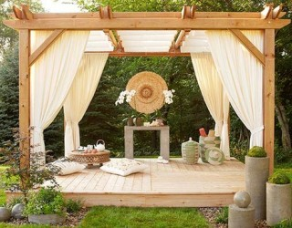 Peaceful, Chic Meditation Rooms