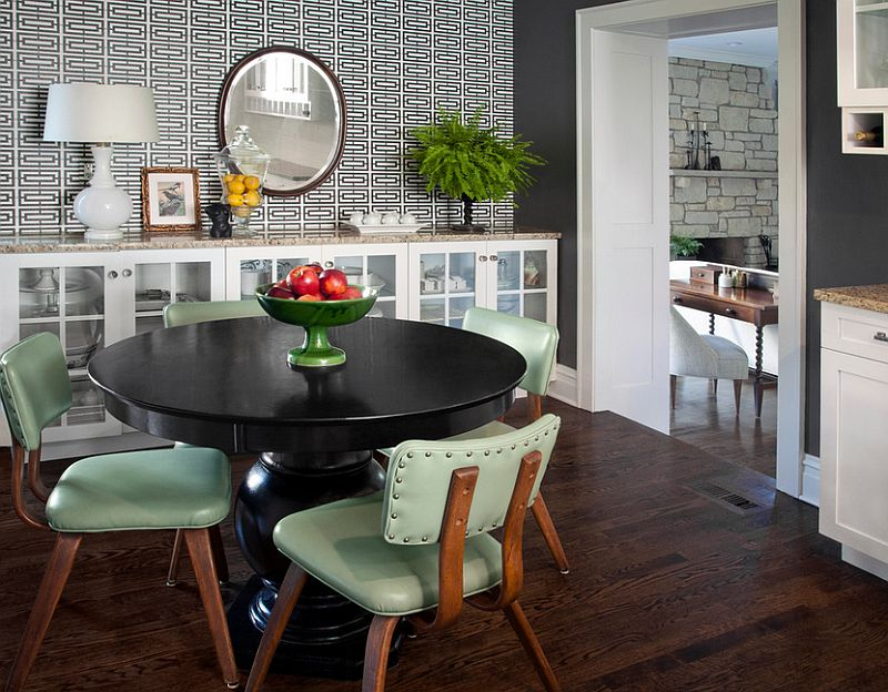 Minimal wallpaper adds pattern to the dining space [Design: CCG Interiors]