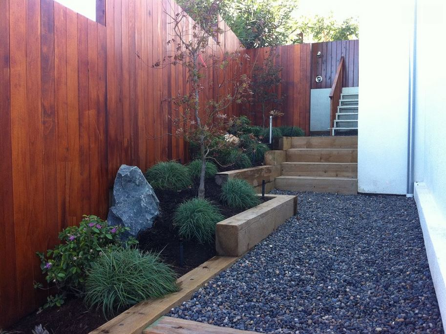 Garden landscaping ideas for borders and edges for Modern garden design for small spaces