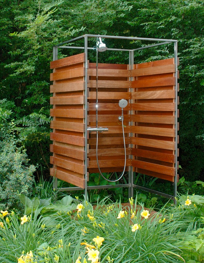 A shower among the flowers: Totally decadent