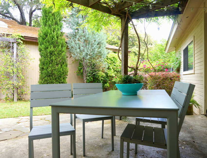 Outdoor dining furniture from IKEA