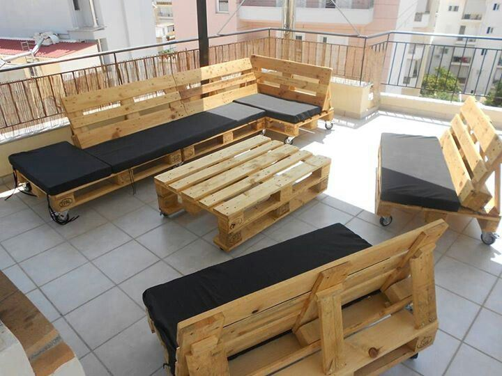 View in gallery Outdoor patio furniture set crafted from pallets. 10 Creative DIY Pallet Ideas for Your Garden
