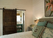 Perfect door style for the cool rustic bedroom