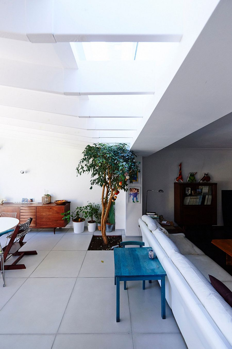 Playful decorations shape the interior of the extension