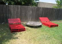 Red-pallet-loungers-for-the-outdoors-217x155