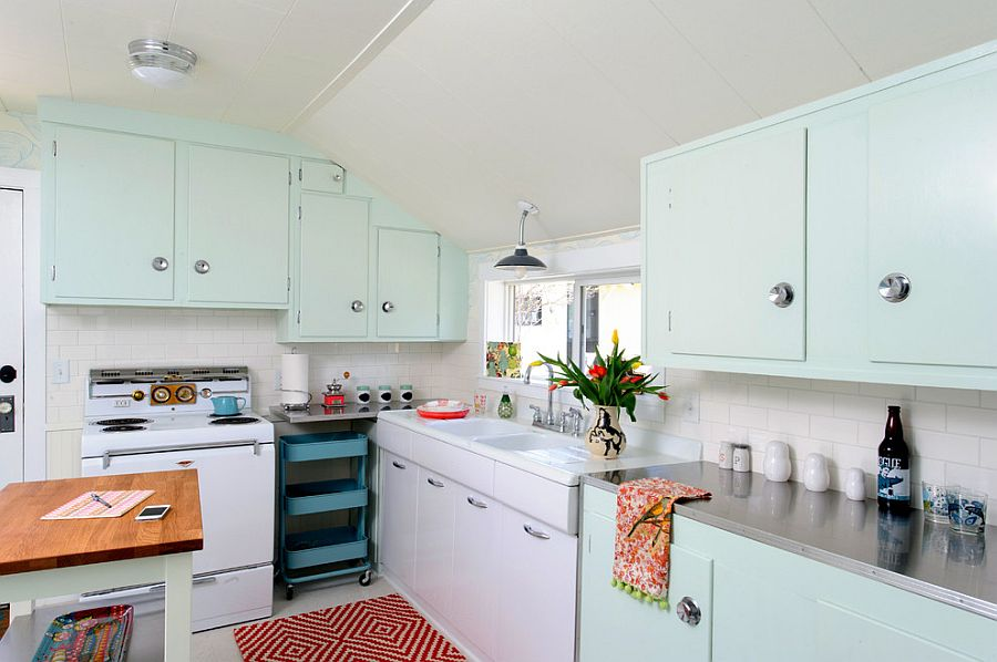 Retro kitchen design digs into the charm of pale mint [Design: Sarah Phipps Design]