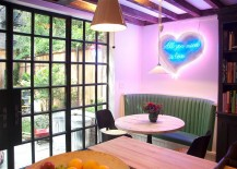Retro-styled neon light for the small banquette