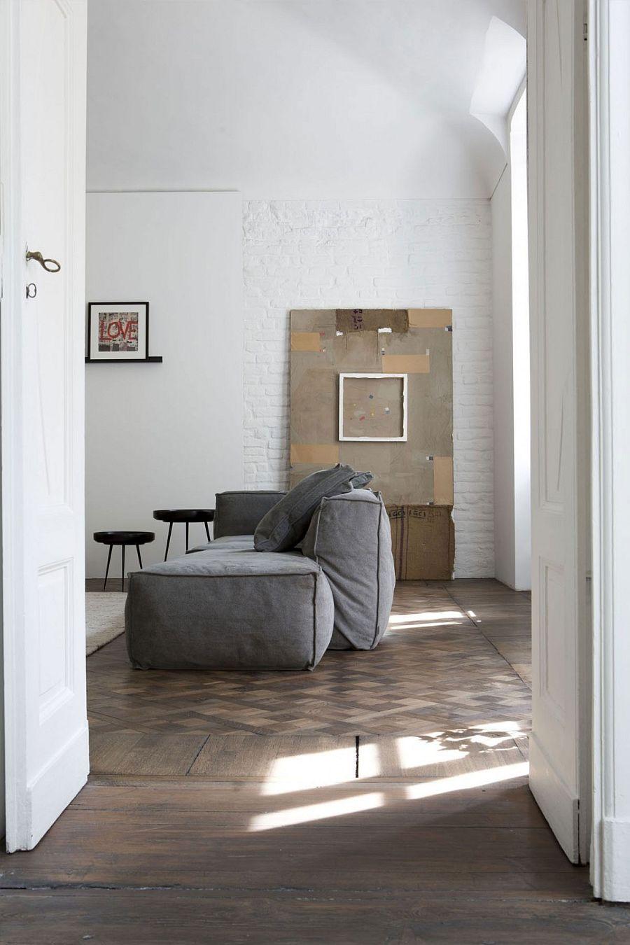 Simple black and white color scheme emphasizes on subtle detail