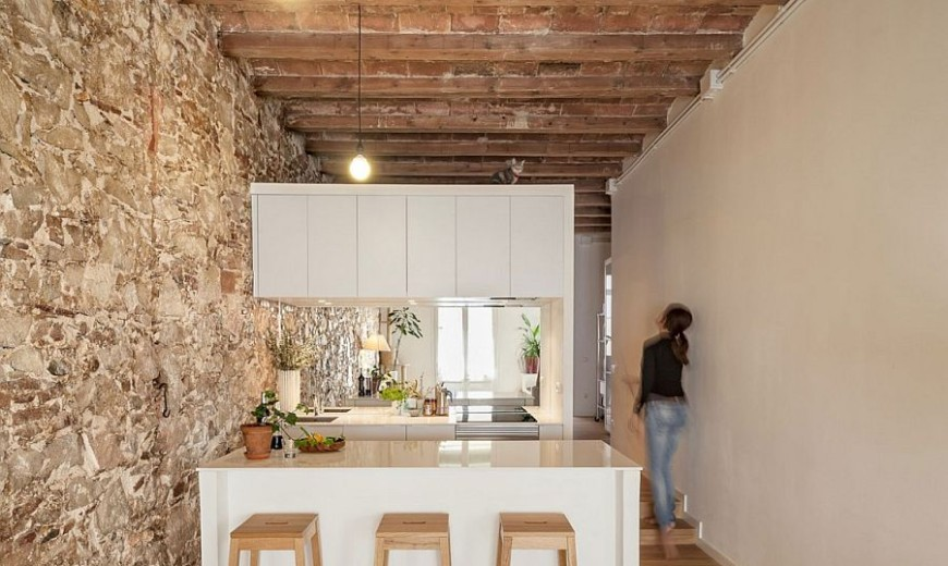Nineteenth Century Barcelona Apartment Gets a Trendy Modern Upgrade