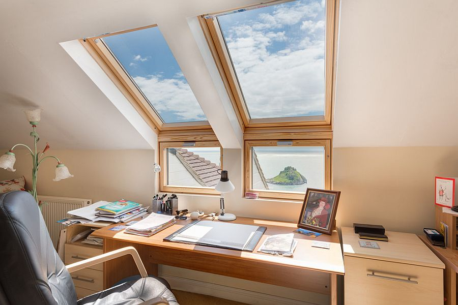 Amazing ... Smart Compromise Between The Window And The Skylight! [From: Colin  Cadle Photography]
