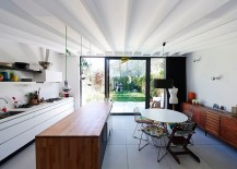 Smart extension keeps things simple and contemporary