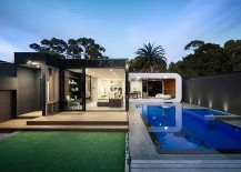Snazzy rear extension uses a curvy, classy addition