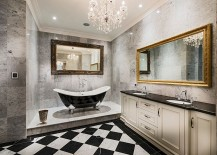 Sparkling chandelier for the black and white bathroom