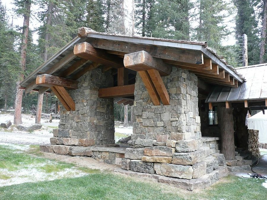 Stone entrance of the fabulous cabin retreat in Big Sky
