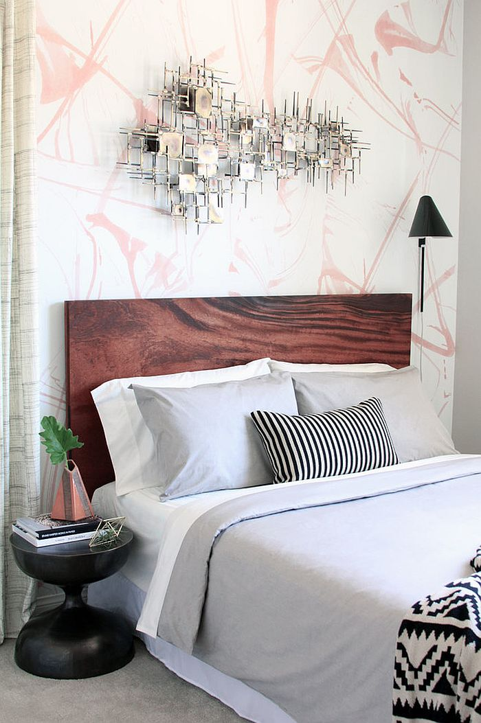 Stylish midcentury modern bedroom design [Design: Michelle Salz-Smith - Studio Surface]