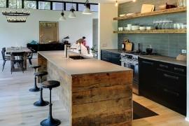 The kitchen of Athena Calderone