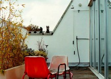 Tolstrup-House-Outdoor-Shower-217x155