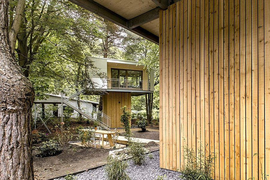 Urban Treehouse nestled in a lush green lot in Berlin